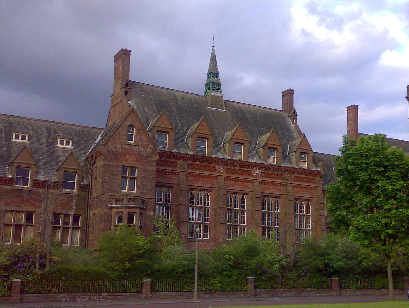 Urban Exploration – Newsham Park Asylum, Liverpool